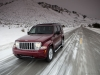 jeep_liberty_arctic_2012_06