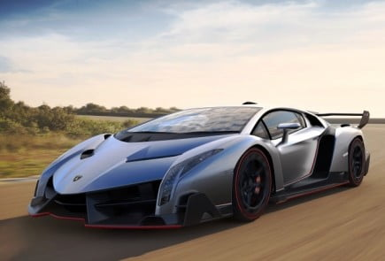 Lamborghini-Veneno_featured_2