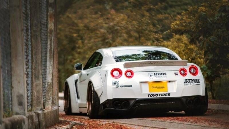 Reinart design widebdy Nissan GTR-9