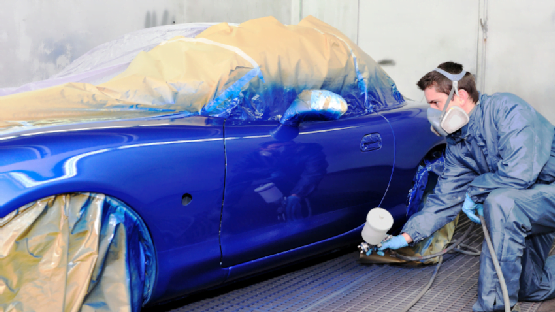 Auto-Body-Spray-Painting