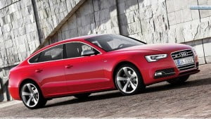 Side-View-of-2012-Audi-S5-Sportback