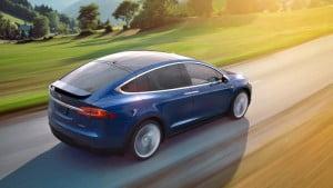 Tesla-Model-X-05