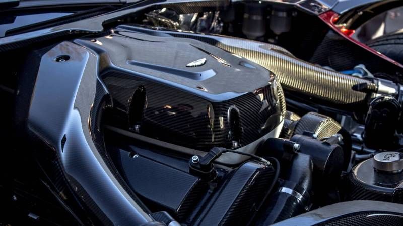 Aston Martin Vulcan-11