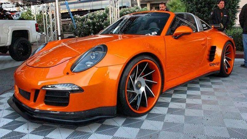 Widebody Porsche Targa 911 GTS