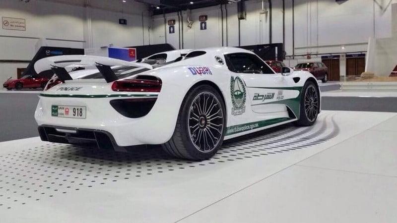 Porsche 918 Spyder Dubai Police
