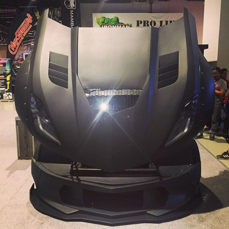 theblackmanta-corvette2