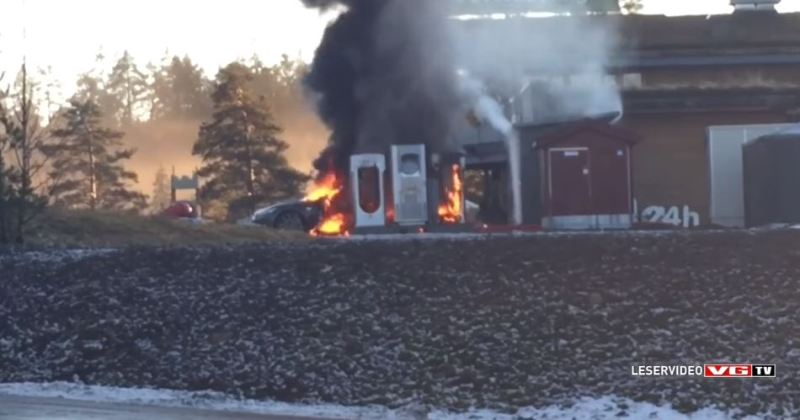 Tesla Model S Caught Fire-2