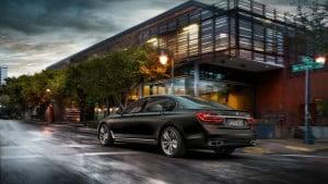 2017 BMW M760Li xDrive-16
