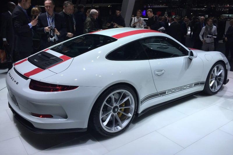 2017 Porsche 911R-3