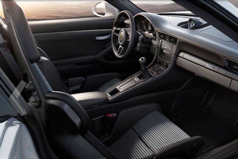 2017 Porsche 911R -7