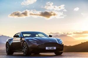 Aston Martin DB11-15