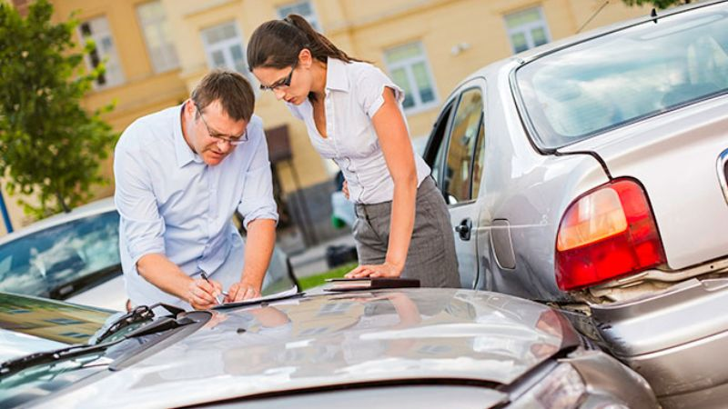 What to do in car accidents